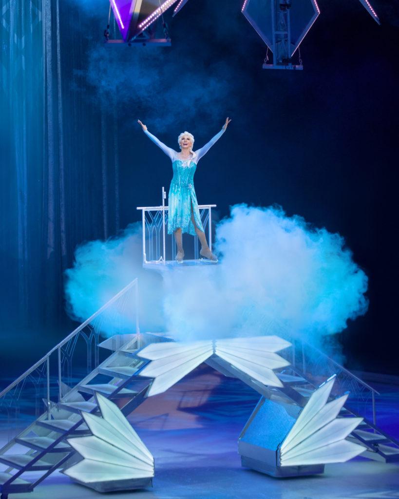 Elsa Disney on Ice